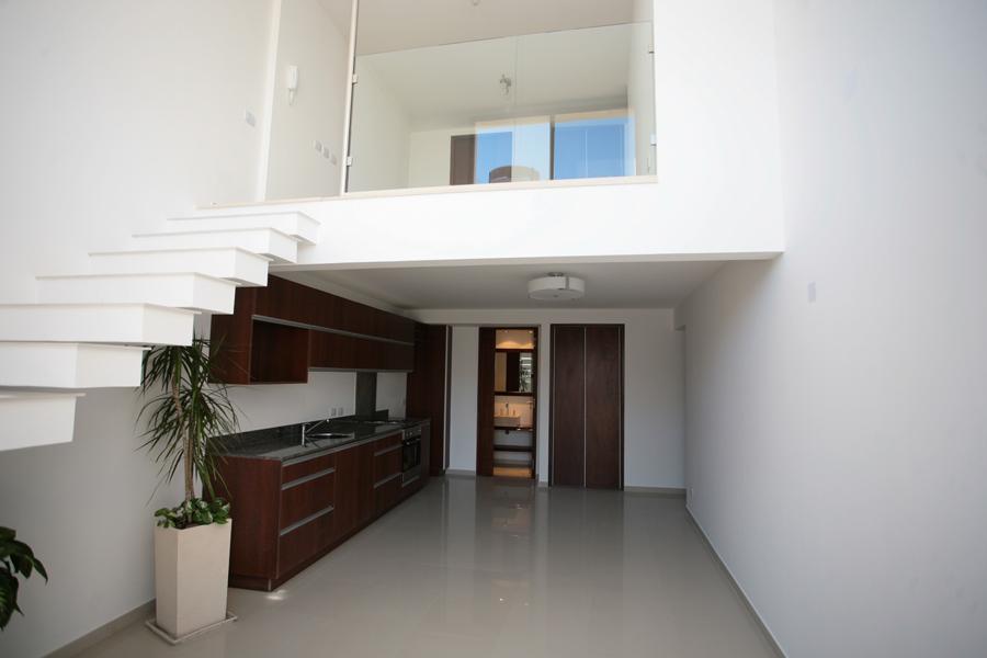 living y piso 2